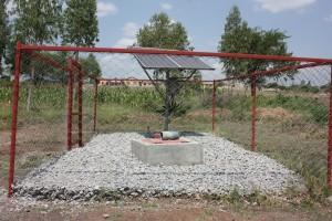 LVDC solar pump and well (2)